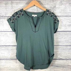 Madewell green split neck embroidered top Small